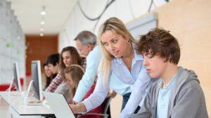 Aktywniizatrudnieni-młodzinarynkupracy